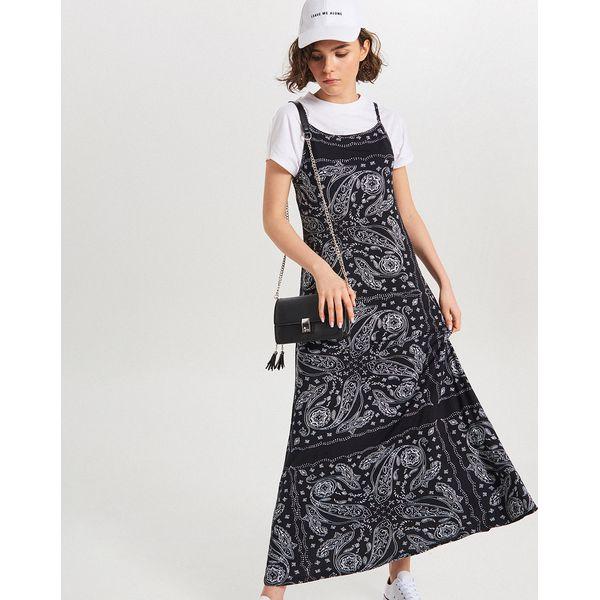 dbfaa70be8 Sukienki damskie ze sklepu Cropp - Kolekcja wiosna 2019 - Sklep Super  Express
