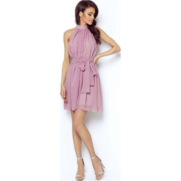 6954384ad0 Różowa Zwiewna Koktajlowa Sukienka z Dekoltem Halter na Stójce ...