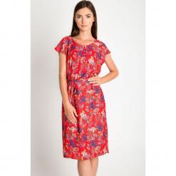 31744cc391 Czerwona sukienka w łączkę QUIOSQUE. Czerwone sukienki damskie marki  QUIOSQUE