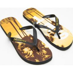 606621302d7da9 Wyprzedaż - brązowe obuwie damskie ze sklepu Cropp - Kolekcja lato ...