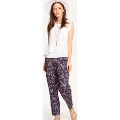 Spodnie damskie na lato w kwiaty Spodnie i legginsy