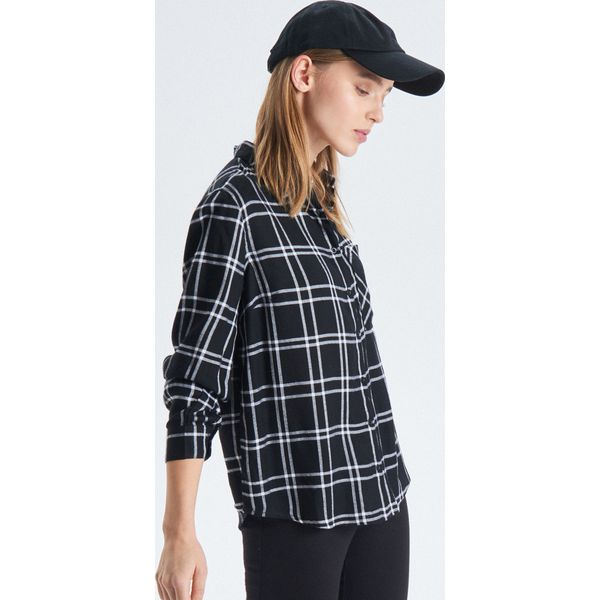 0c2a497f251d Koszule damskie marki Cropp - Kolekcja wiosna 2019 - Sklep Super Express