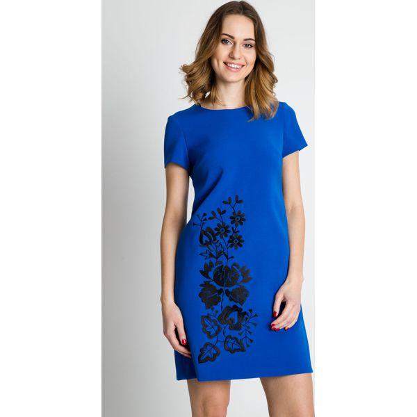 52290118d8 Niebieska sukienka z krótkim rękawem BIALCON - Sukienki damskie ...